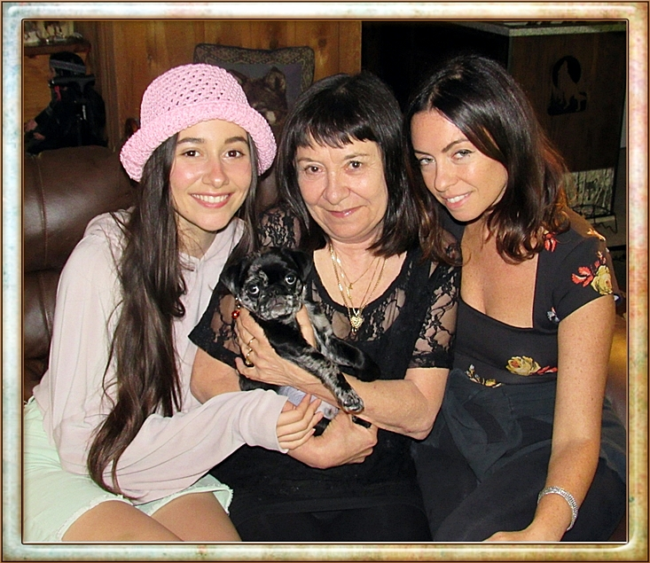 Aragorn/Teddy with his new mom and her daughters