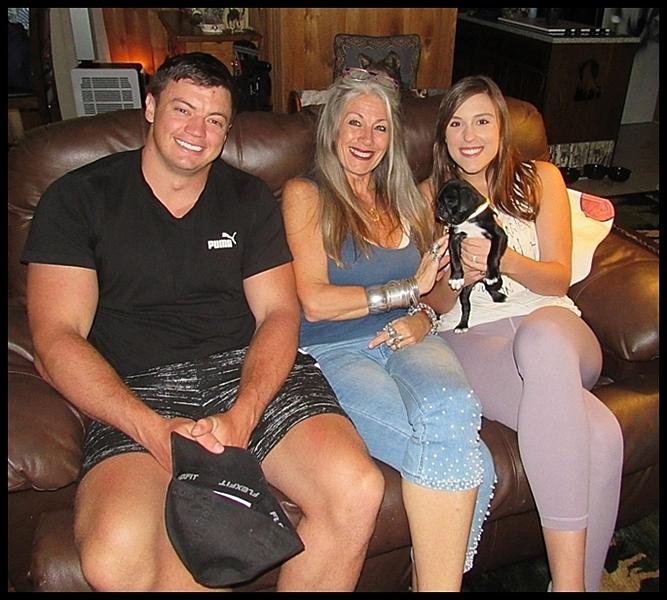 JoJo's/Hondo's Ashley with his new family